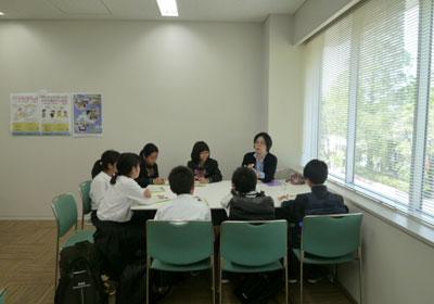 理系志望の女子中高大生、個別相談会 和光一般公開 写真3