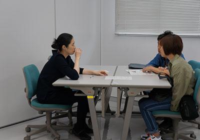 理系志望の女子中高大生、個別相談会1