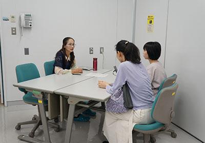 理系志望の女子中高大生、個別相談会3